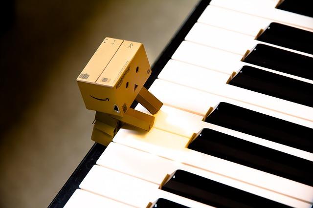 music-932097_640