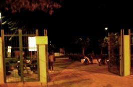 il parco resta aperto di notte