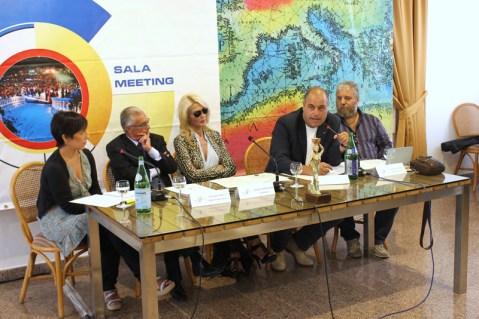 la foto della conferenza stampa di stamattina, 12 settembre 2013
