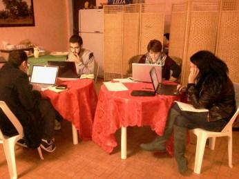 I quattro prodi al lavoro! Da sinistra a destra: Pierangelo Tempesta, Alessio Giaffreda, Cristina Talà, Anna De Matteis