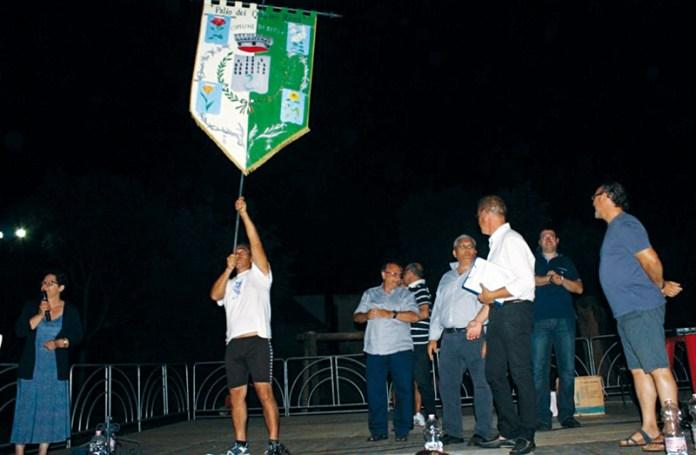 Palio Secli - A sinistra ass. C.Bongiorno - Al Centro Sindaco Luigi Negro