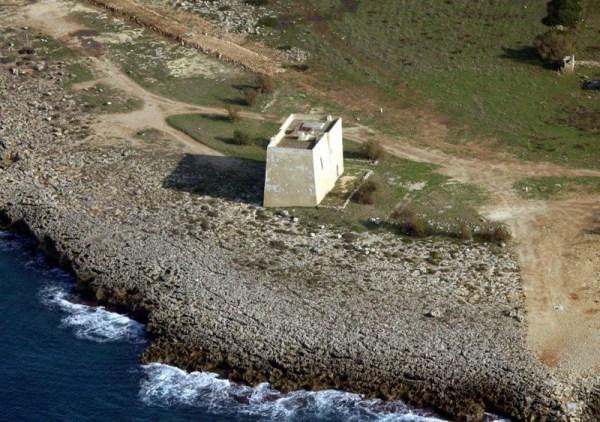 Veduta di Torre Inserraglio. A sinistra De Pace, Risi e Filograna