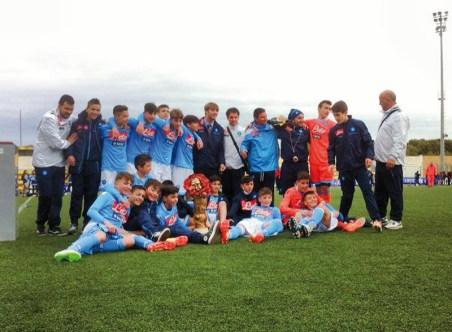 La squadra del Napoli vittoriosa nella scorsa edizione