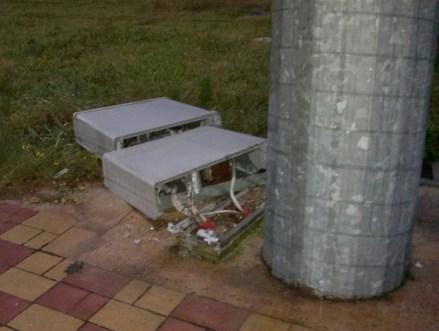 I danni arrecati all'impianto elettrico del campo sportivo
