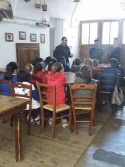 Uno dei laboratori coordinato dagli studenti dal Giannelli (foto Paola...