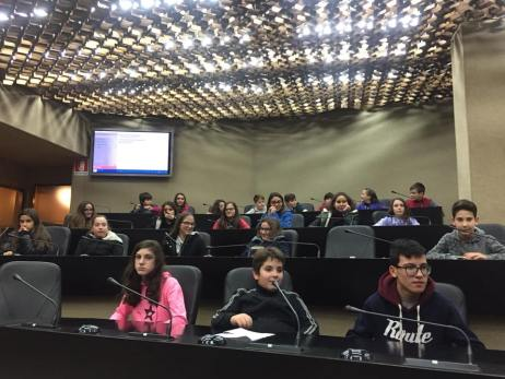 La scuola di Patù in visita al Consiglio Regionale (5)