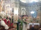 Monsignor De Donatis nella chiesa dell'Immacolata