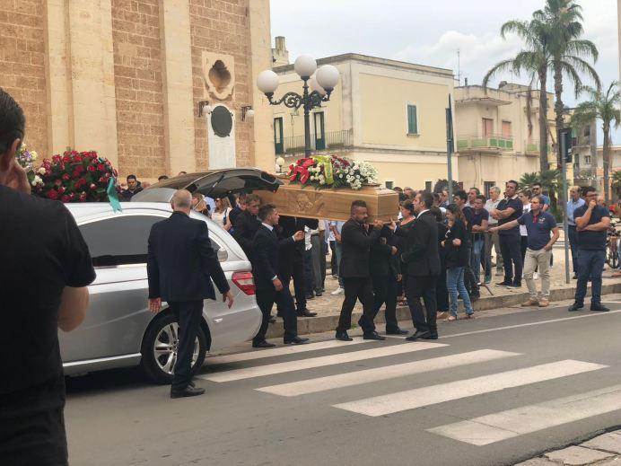 Un momento dei funerali