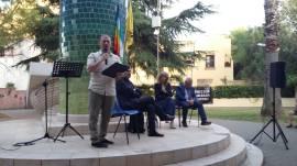 Casarano Libera in piazza Petracca con il giornalista Alberto Nutricati
