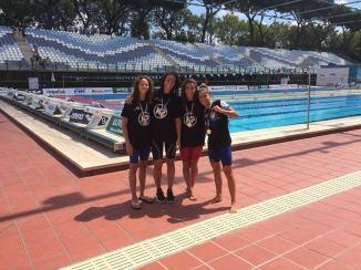 Le ragazze della Nuotatori Pugliesi - Olimpica Salentina