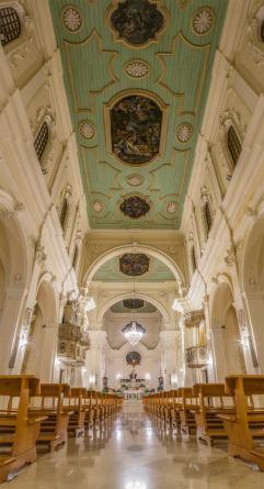 L'interno della chiesa di San Domenico