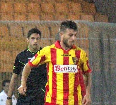 Marco Rosafio con la maglia del Lecce