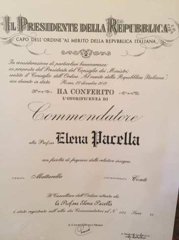 L'onorificenza di Commendatore della Repubblica conferita a Elena Pacella