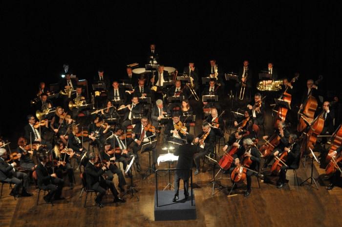 """Orchestra sinfonica di Lecce e del Salento """"Oles"""" (foto di Claudio Longo)"""