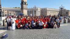 Orchestra piccoli tamburellisti Uggiano e accompagnatori dal Papa