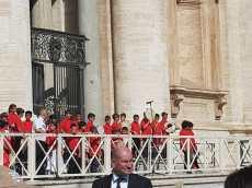 Uggiano piccoli tamburellisti da Papa Francesco