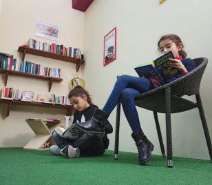 Piccoli lettori al Bataclab di Acquarica