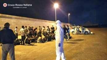 Sbarco migranti a Gallipoli