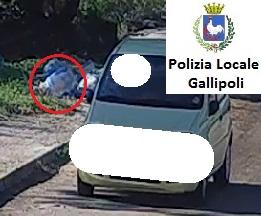 Gallipoli, abbandono rifiuti in periferia