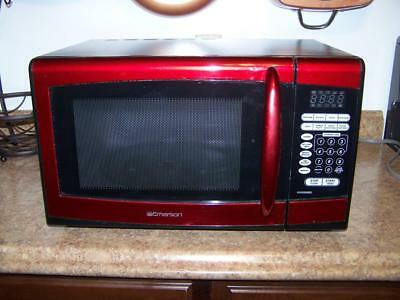 emerson microwave oven model no