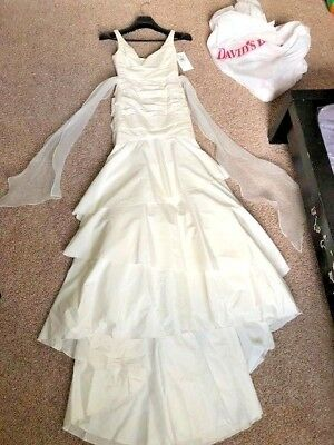 MERMAID STYLE WEDDING dress davids bridal size 4 ivory brand new     Davids Bridal Wedding Dress Taffeta Slim Ruched Ivory Tank Mermaid Tier  Size 2