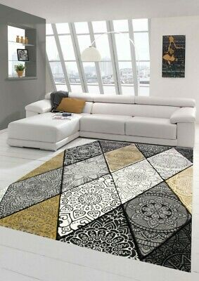 tapis moderne salon diamants avec ornements en creme jaune moutarde grise