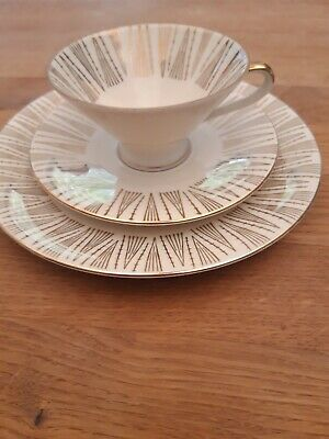 Collectible cup place setting, Bavaria ivory and gold 3 pieces, very good condition