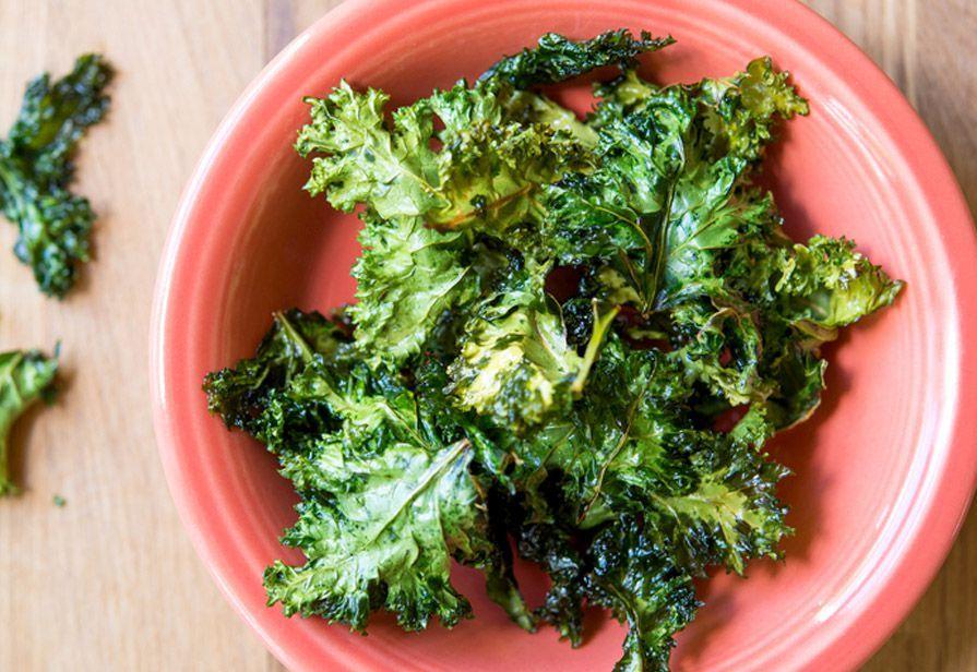 Ricetta Verza chips - La ricetta di Piccole Ricette