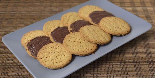 Biscotti digestive senza glutine