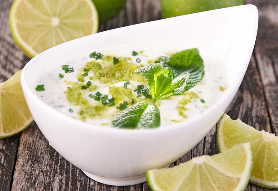Salsa al lime e yogurt
