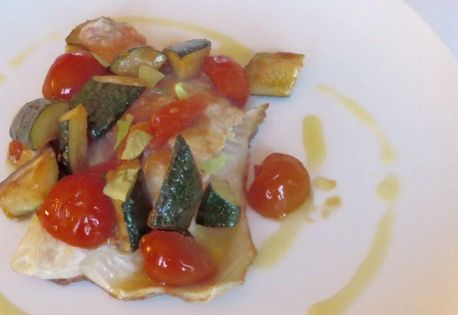 Merluzzo zucchine e pomodori