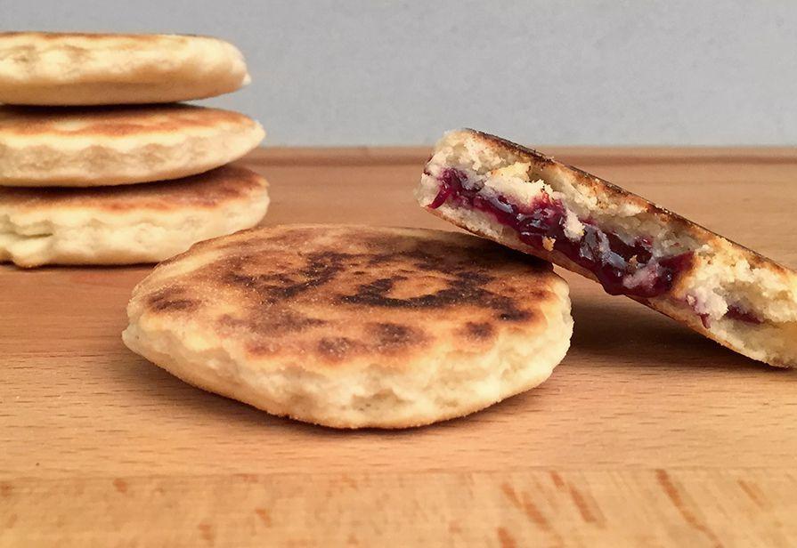 Biscotti in padella alla marmellata