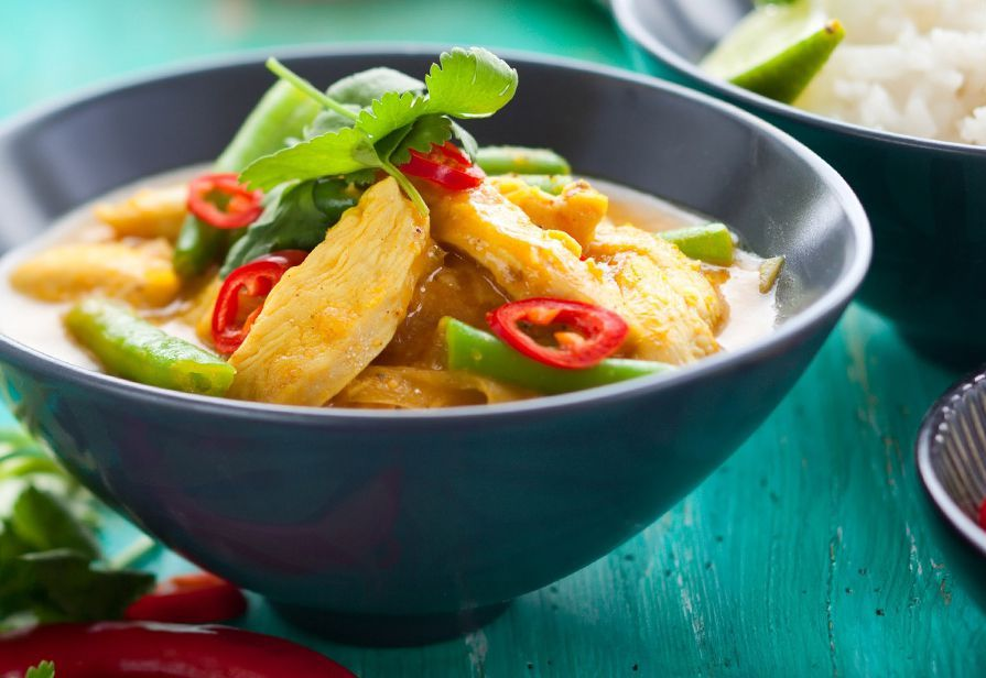 Curry rosso Thai al pollo