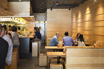 Il Momofuku noodle bar di New York