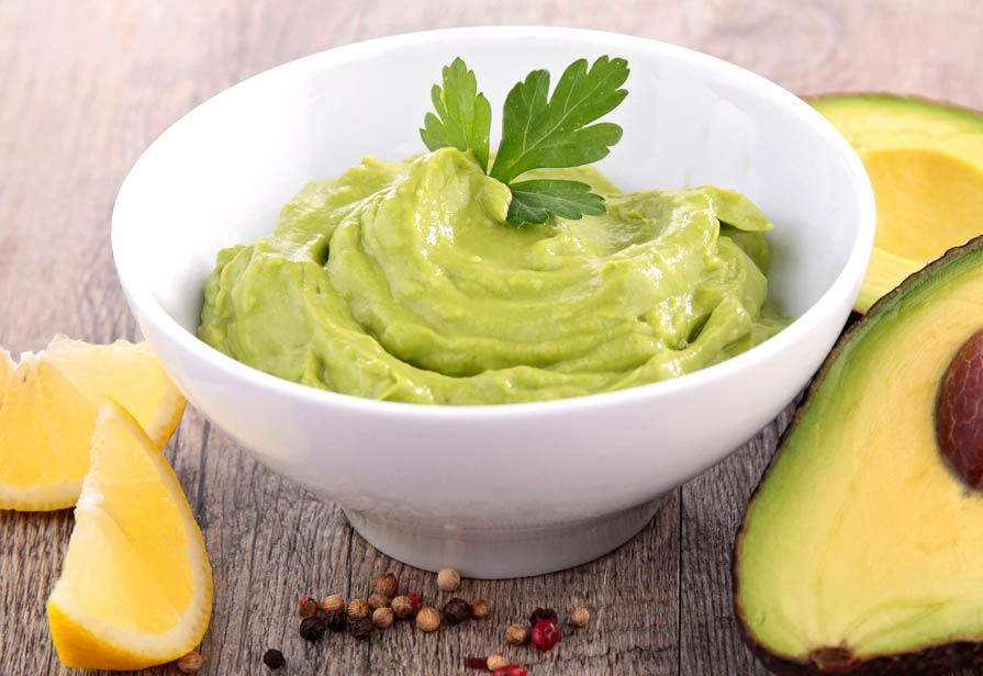 Salsa yogurt e avocado