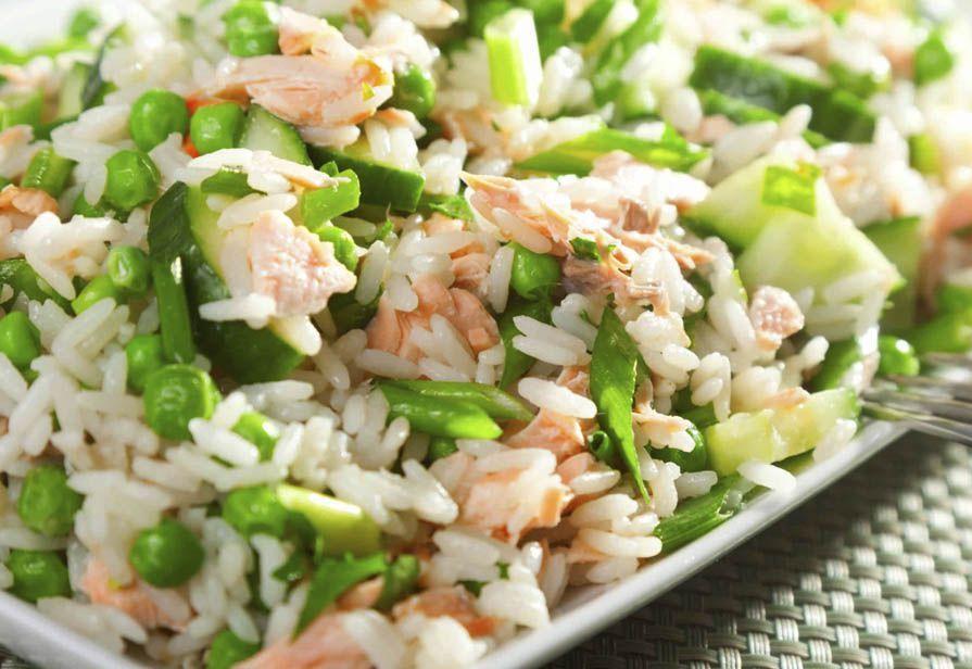 Insalata di riso al salmone
