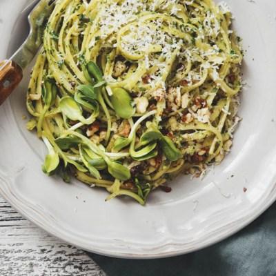 Linguine noci aglio e prezzemolo