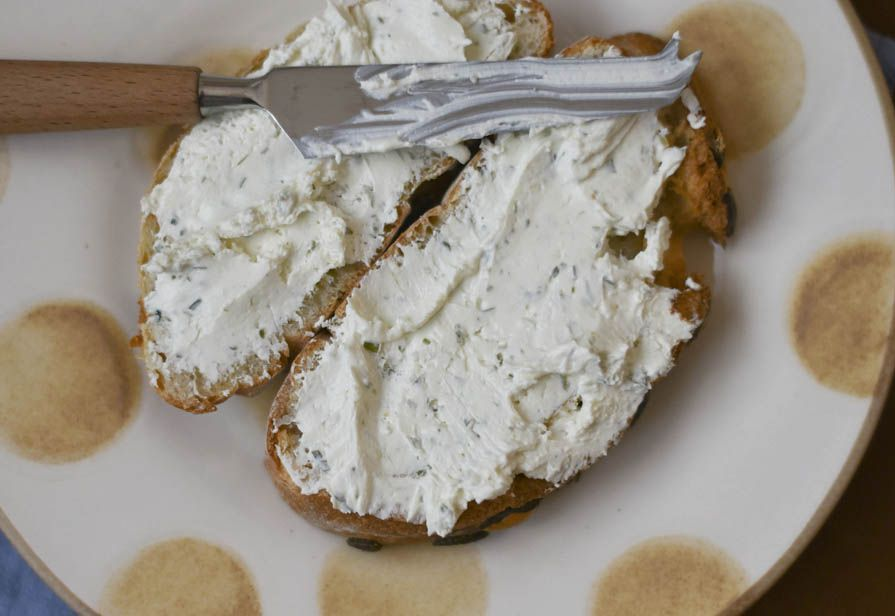 Crema di formaggio alle erbe