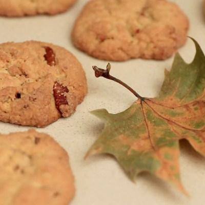 Biscotti allo sciroppo d'acero e noci pecan