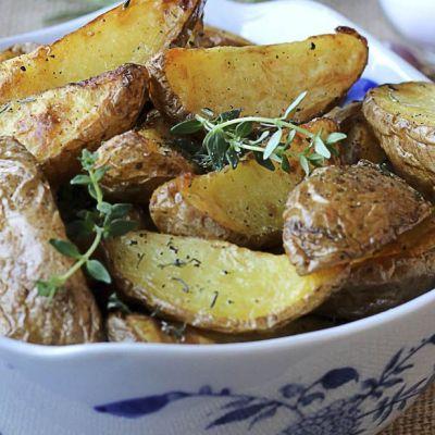 Spicchi di patate al timo