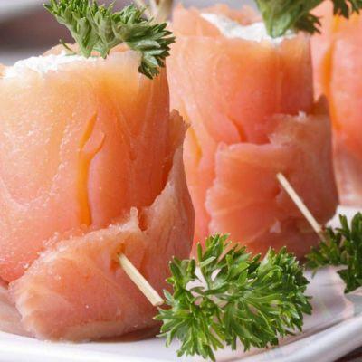 Bocconcini di salmone e caprino