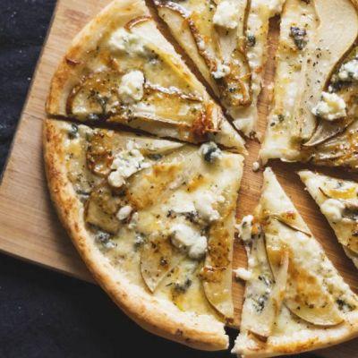 Pizza pere e gorgo