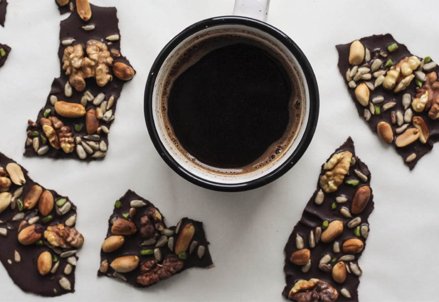 Lastre di cioccolato alle noci