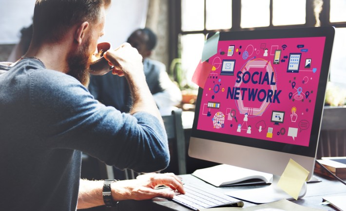How to get more sales and leads via social media