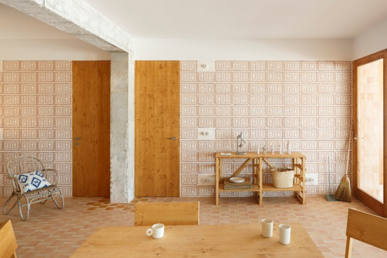 Plaster filled terracotta tiles