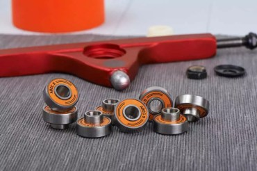How To Remove And Fix Skateboard Bearings Effortlessly