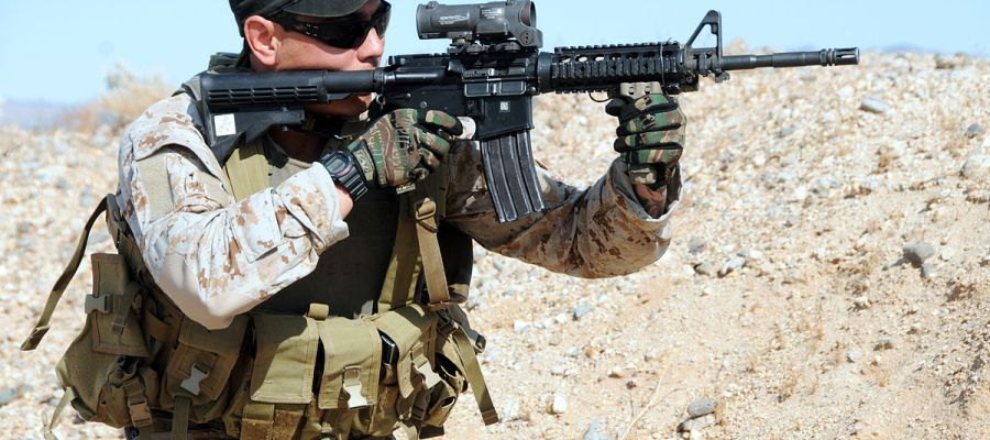 navy-seal-with-rifle-wearing-military-tactical-watch