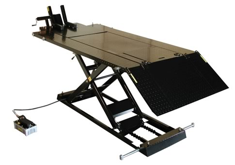 Weaver W-1500 Air Hydraulic Lift with Air Pump