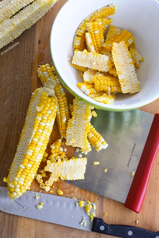 cornchowderwithfreshcornonthecob
