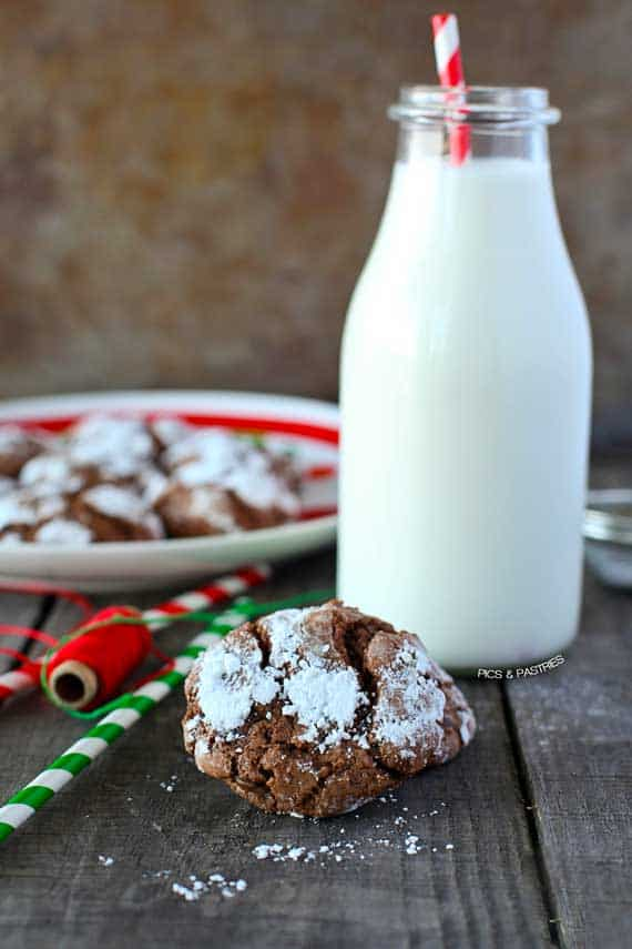 Mint Crinkle Cookies